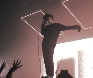 concert and the 1975 image
