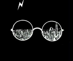 wallpaper, city, and harry potter image
