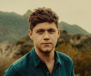 updates, niall horan, and one direction image