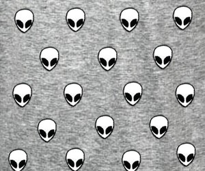 alien and wallpaper image