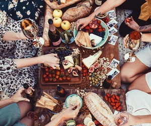 bread, girlfriends, and photo image