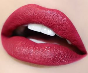 lips and fashion image