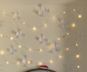 bedroom, decorations, and fairy lights image