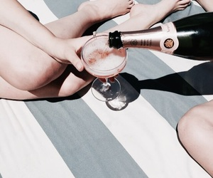champagne and aesthetic image