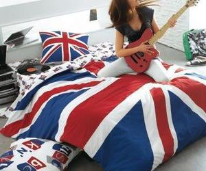 guitar, london, and bed image