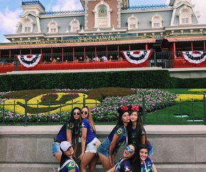 disney, photo, and friends love image