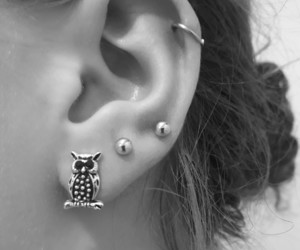 ear, black and white, and earrings image