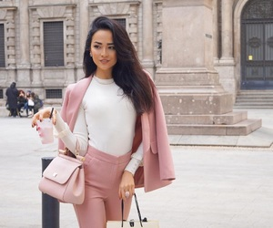 beauty, chic, and pink image