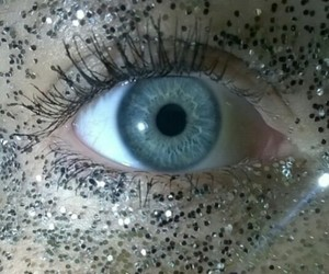blue, eye, and glitter image