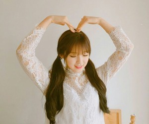 aesthetic, korean, and girl groups image