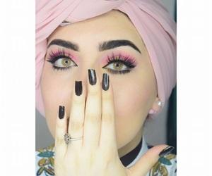 بُنَاتّ and ستايل image