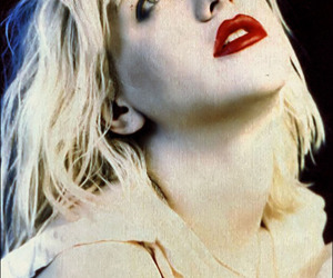 Courtney Love, hole, and blonde image