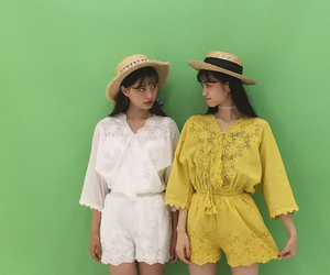 best friends, fashion, and ulzzang image