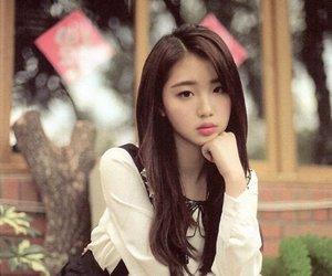 yeojin, loona, and kpop image
