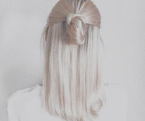 fashion, whitetumblr, and whiteaesthetic image