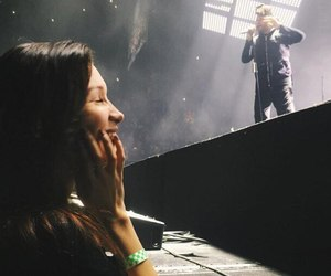 bella hadid, the weeknd, and concert image