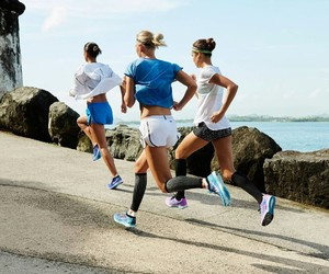 run and running image