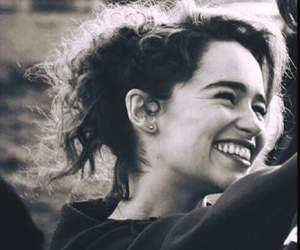 emilia clarke, smile, and game of thrones image