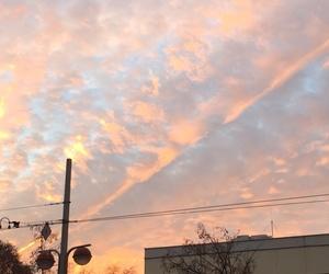 sky, tumblr, and wallpaper image