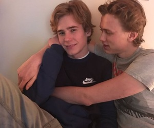 evak, skam, and even image