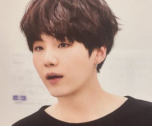 wings, bts, and yoongi image