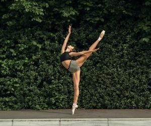 arabesque, gymnast, and pointe image