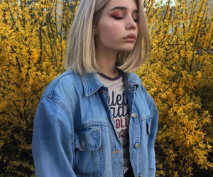 girl, aesthetic, and yellow image