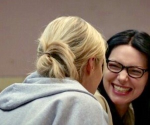 alex, piper, and vause image