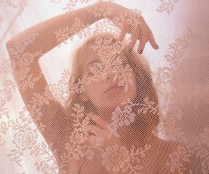 aesthetic, lace, and pink image
