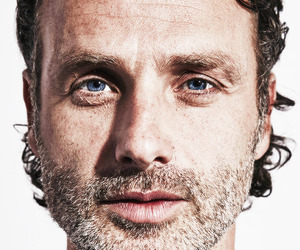 andrew lincoln and rick grimes image