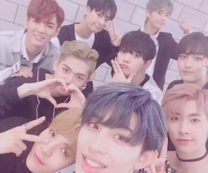 kpop, up10tion, and honey10 image