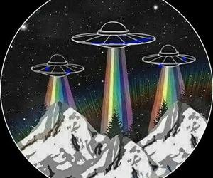 alien, rainbow, and ufo image