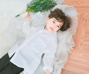 asian, boy, and flower image