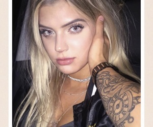 alissa violet and icon image