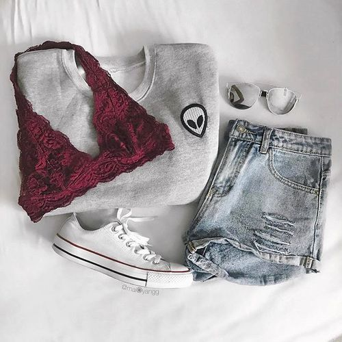 outfit, converse, and red image