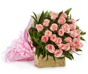 pink flowers, birthday gift, and flowers delivery image