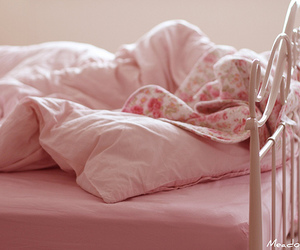 bed, pastel, and pink image