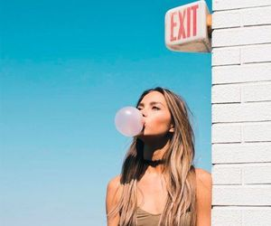 girl, tumblr, and bubblegum image