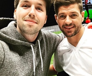 Steven Gerrard and callux image