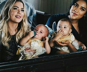 pretty little liars, emily fields, and hanna marin image