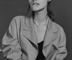 phoebe tonkin, girl, and black and white image