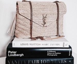 bag and books image