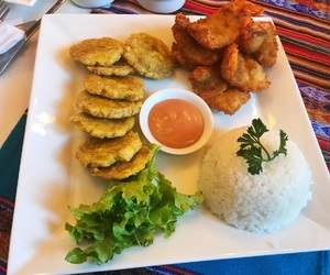 delicioso, lunch, and restaurant image