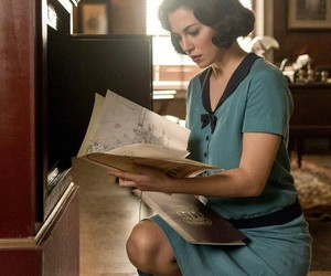 netflix and las chicas del cable image
