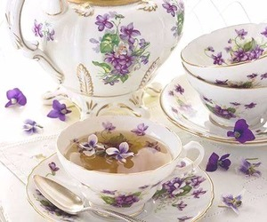 cups and teapot image