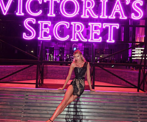 beauty, icon, and stella maxwell image