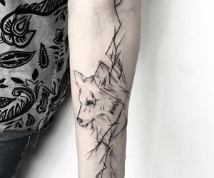 tatto and wolf image