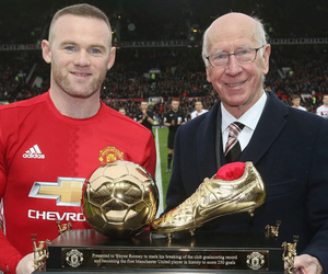 football, legend, and manchester united image