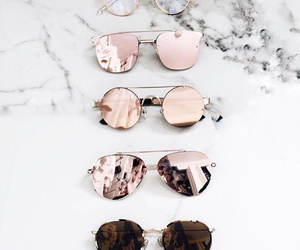 chic, fashion, and suglasses image
