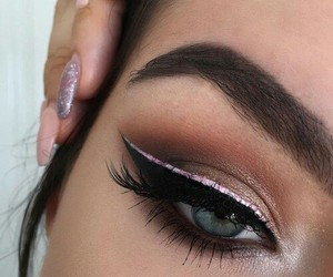 makeup, eyes, and eyeshadow image